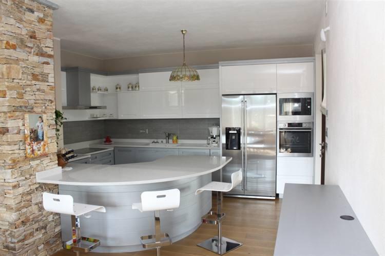Cucine moderne Cuneo, Prezzi cucine moderne, Offerte cucine ...