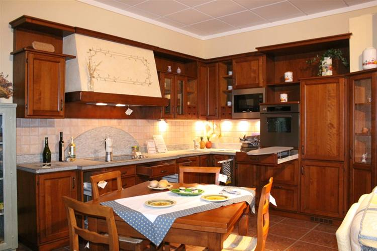 Cucina classica ciliegio - Cucina in ciliegio ...